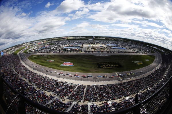 Kevin Harvick is brilliant in winning the Kansas 400. But Kyle Busch takes a big championship hit